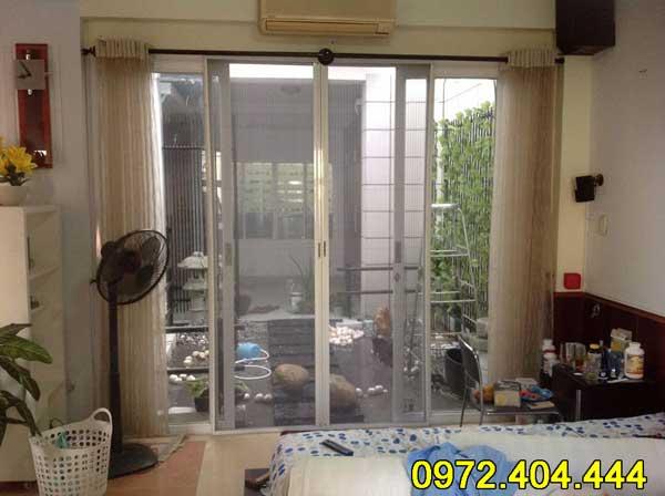 Cửa lưới ngăn muỗi cho phòng ngủ